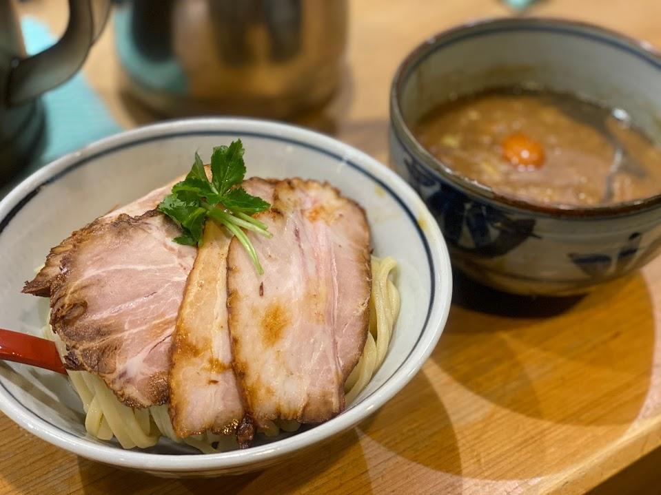 煮干麺 月と鼈~東京都港区新橋